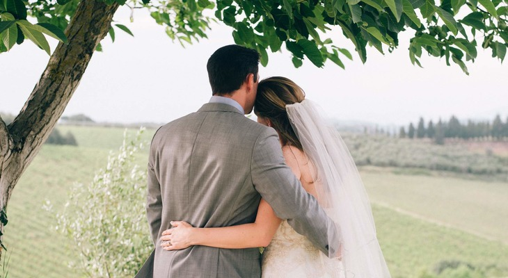 Dreamy Vows Renewal in Chianti, Italy