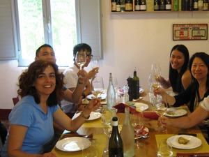 Private guided wine tasting in Cortona wine estate, Tuscany