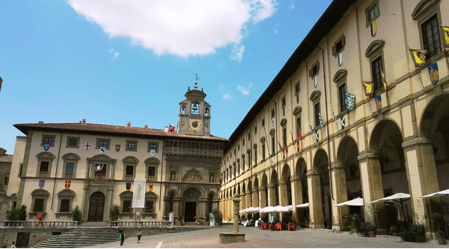 Guided tour: Arezzo and its arts