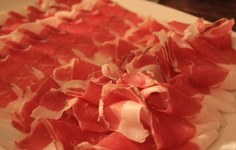 Guided tour: Monte San Savino and cured hams