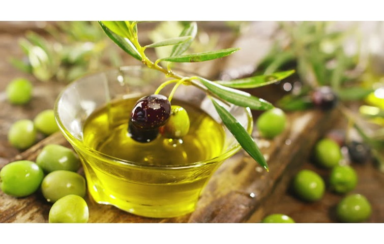 Guided tour: Cortona olive oil & cheese tasting